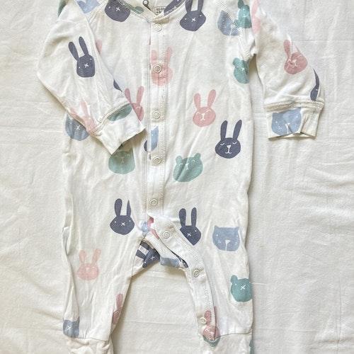 Vit pyjamas stl 62/68