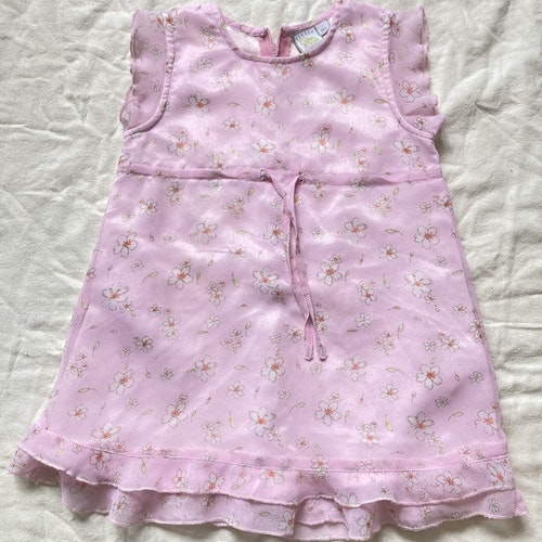 Rosa klänning stl 80