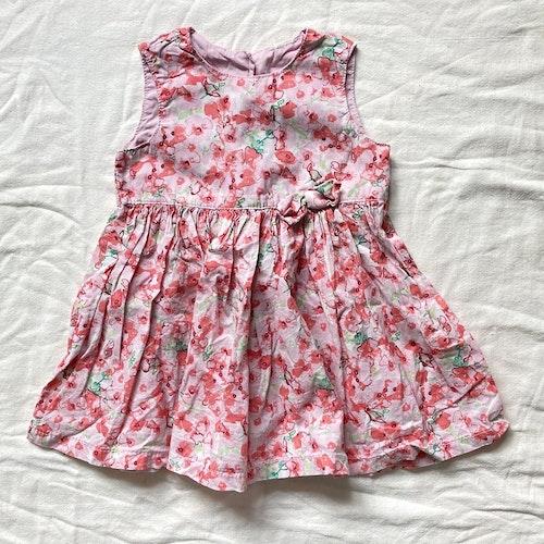 Rosa klänning stl 74