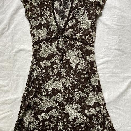 Brun klänning stl S