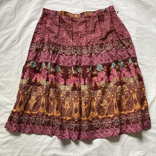 Rosa kjol stl 38