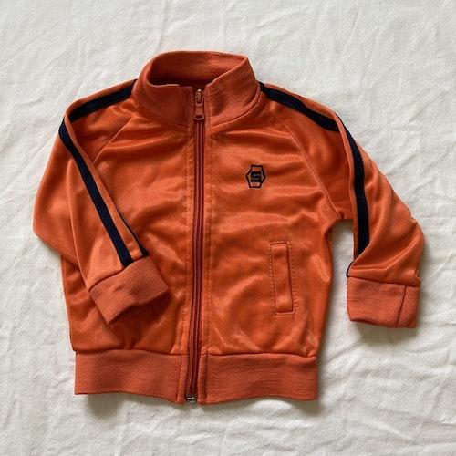 Orange zipkofta stl 68