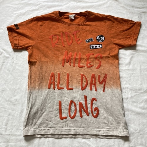 Orange t-shirt stl 146