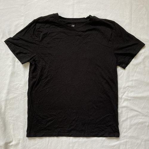 Svart t-shirt stl 158/164