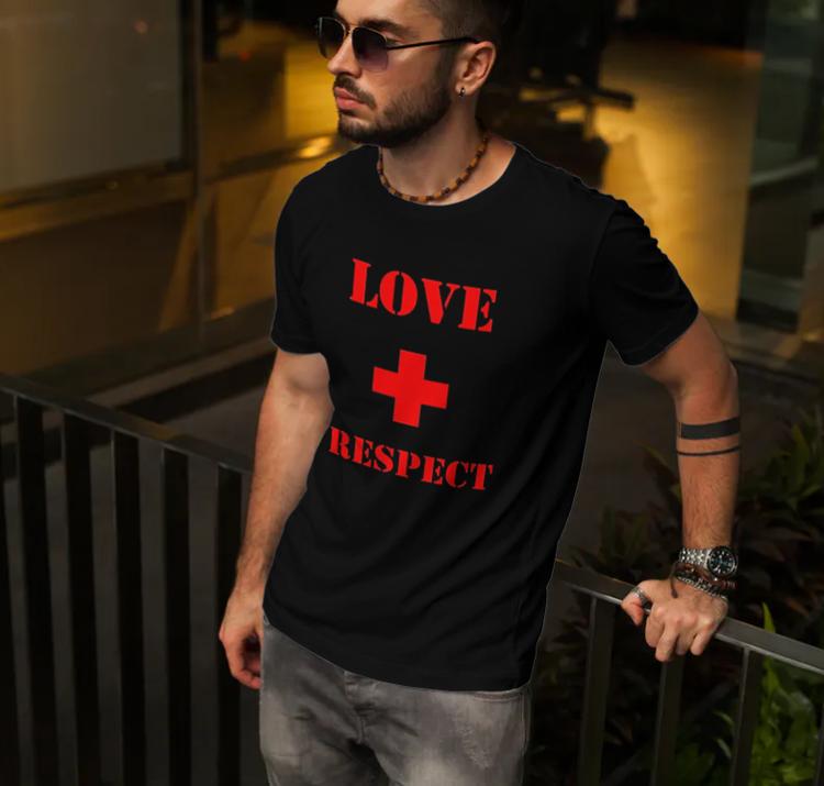 Tshirt med tryck. Love & respect T-Shirt