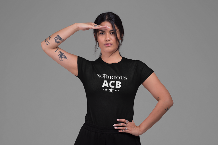Notorious Amy Coney Barrett Tshirt-Svart