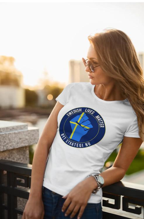 Byt Strategi Nu-Covid-19 T-Shirt Dam