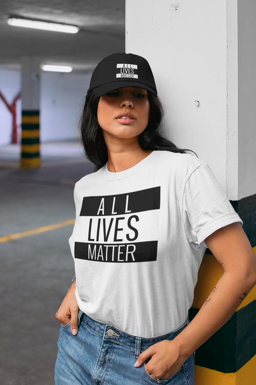 All Lives Matter. Ingen är viktigare än den andra. Denna Tshirt framhäver budskapet att All Lives Matter