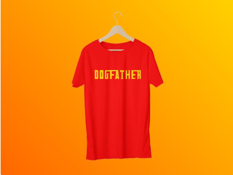 T-Shirt med tryck.Dogfather Tshirt Röd,Godfather TShirt print Men. En tshirt för alla hundägare i Sverige