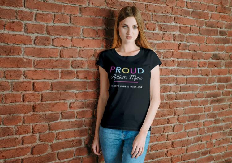 Lady Fit T-Shirt-Proud Autism Mom-Tshirt Svart-T-Shirt