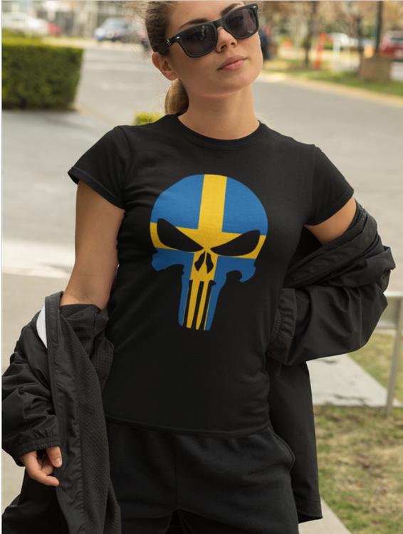 Print Tshirt women. Swedish Skull. Tshirt Svensk Dödsskalle