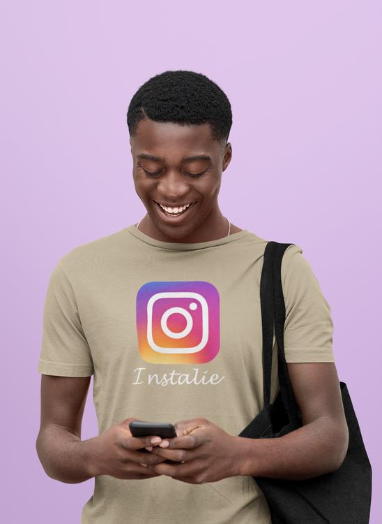 Instagram. Is it the instalie? Tshirt Herr modell med text instalie