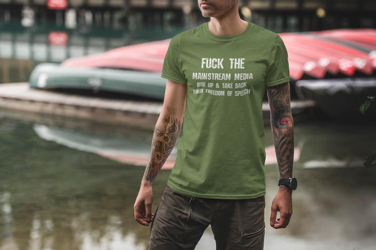 Fuck The Mainstream Media T-Shirt. Alternativ media T-Shirt. Färger för olika smaker