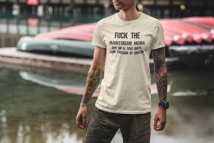 Klaasiska & stilrena T-Shirts med budskap tryckt på.