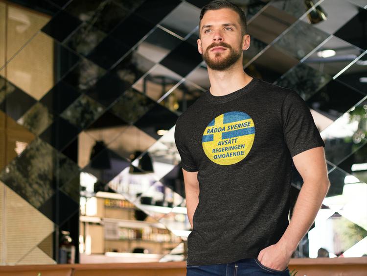 Avsätt Svenska Regeringen T-Shirt. Herr T-Shirt med krav på nyval
