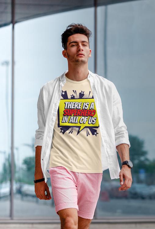 En T-Shirt i retro stil från vår Stop The Hate Collection. Super Hero