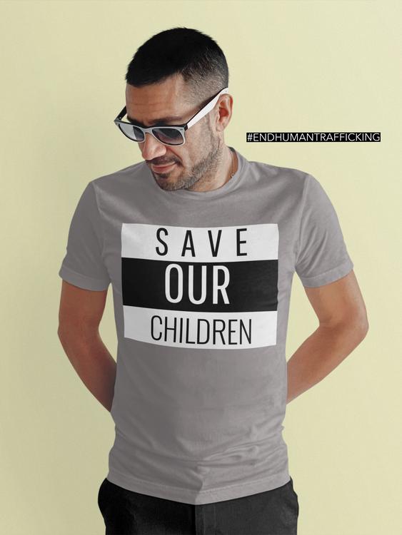 Tshirt Herr med tryck. Tröjor för herr med tryck. Till dig själv eller perfekta gåvan. Texttryck Save Our Children