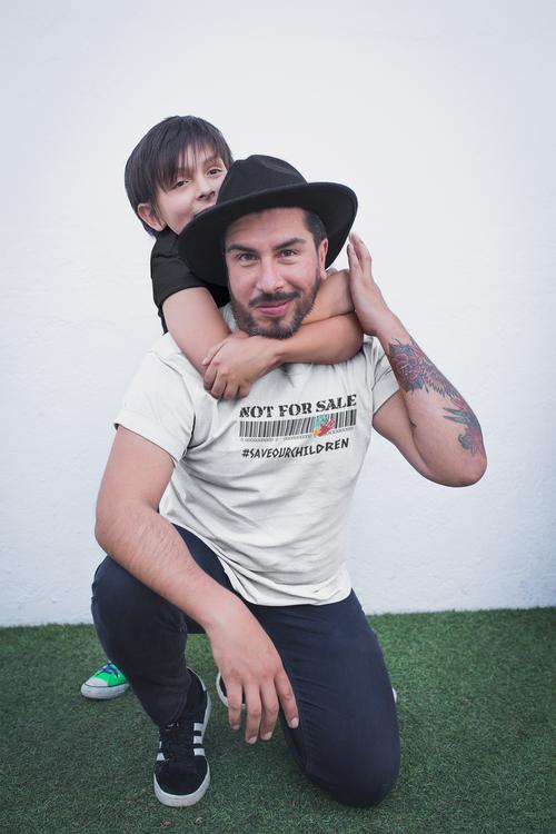 Not For Sale Save Our Children T-Shirt Herr. #SaveOurChildren. Herr Tshirt med tryck