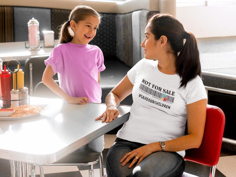#saveour children Tshirt. Tshirt Dam i flera färger & storlekar. Tshirt med tryck Not For Sale, Save Our Children