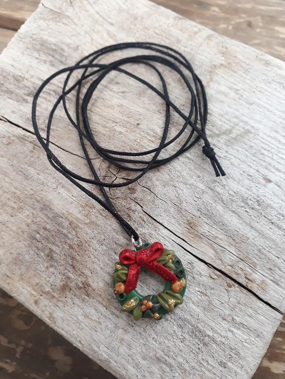 Halsband: Julkrans med rosett