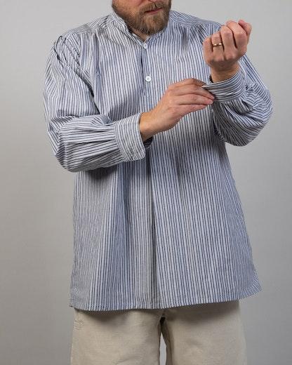 Skjorta, blå-randig