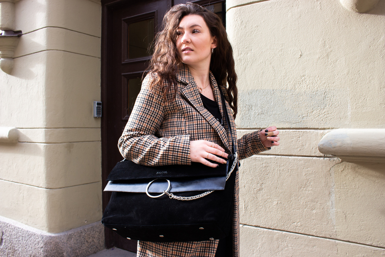 Tova with innerbag