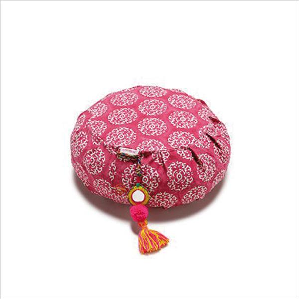 Meditationskudde Chattra Zafu från Chattra - Fuchsia Suzani