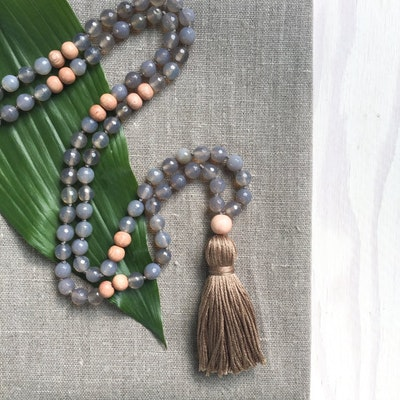 Yogahalsband Malas Grounded - The Beautiful Nomad