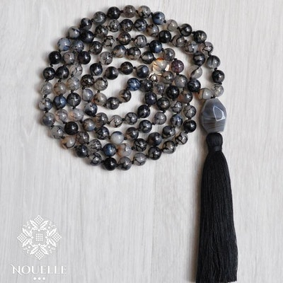 Mala halsband Grounding från Nouelle