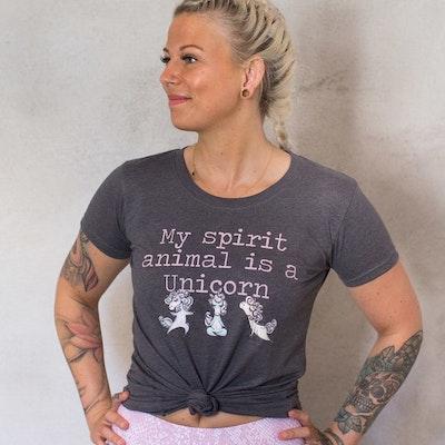 Yogia tröja Bucketlist svart - Yogia - Stort sortiment av yogamattor ... 656db499a1300