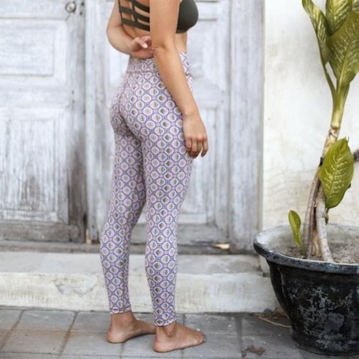 Yogaleggings Samsara Legging - Sumbawa från Indigo Luna