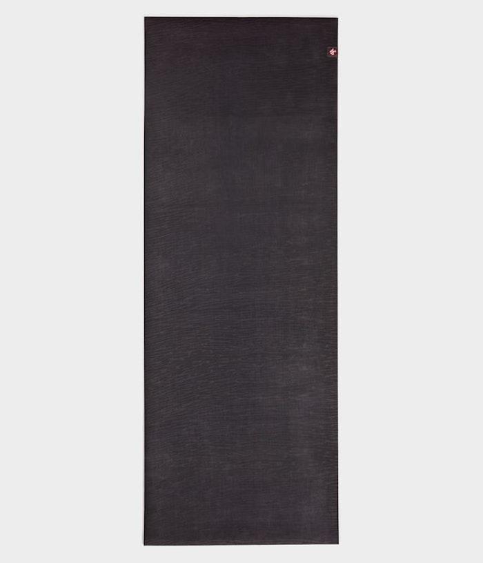 Yogamatta 5mm eKO Charcoal från Manduka - Extra lång