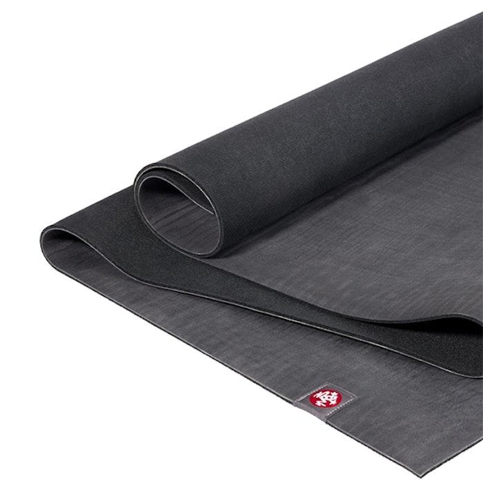 Yogamatta 6mm eKO Charcoal Extra lång - Manduka