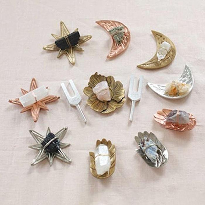 Sound Healing kristall kit Kvarts Lotus Silver - Ariana Ost