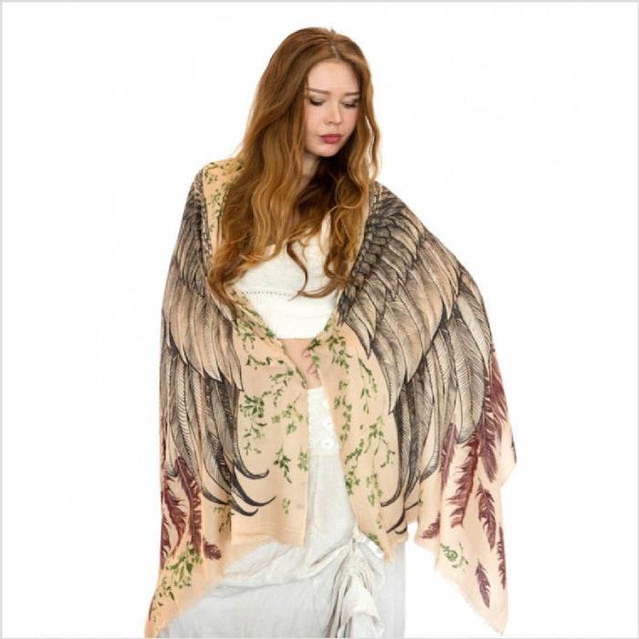 Sjal med vingar från Shovava - Earthy