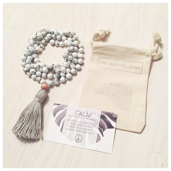 Yogahalsband Malas från The Beautiful Nomad - Calm