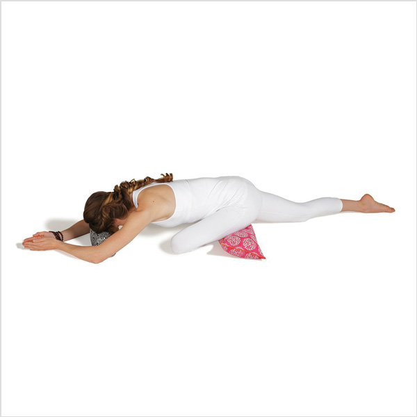Yogabolster Pranayama från Chattra - Fuchsia Suzani
