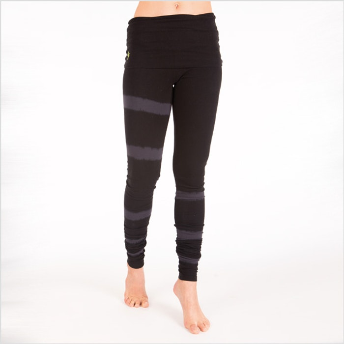 Yogaleggings Shaktified Charcoal/Lava Shunya från Urban Goddess