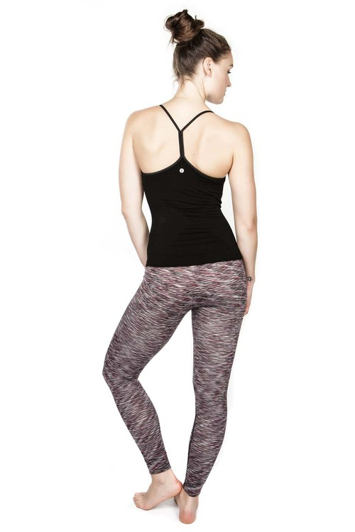 Yogalinne Karna Yogi Cami från Run & Relax - Beautiful Black