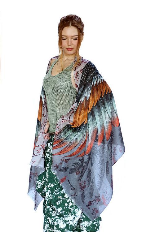 Sjal med vingar från Shovava - Spark