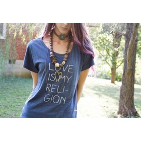 Tröja Love is my religion från SuperLove Tees