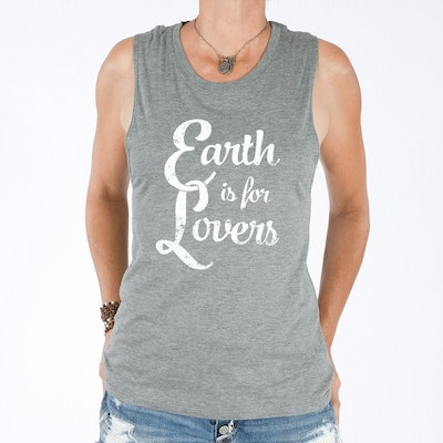 Linne Earth is for lovers från SuperLove Tees