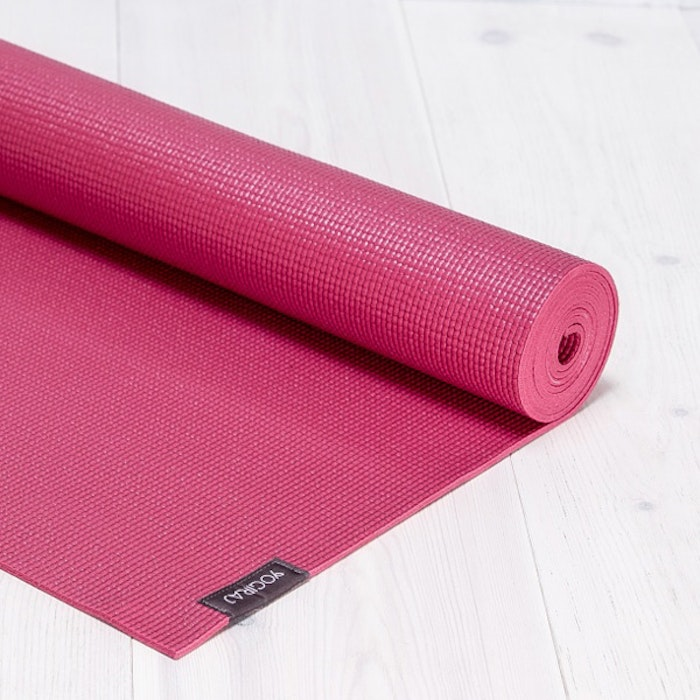 Yogamatta Allround 6mm Raspberry red  från YogiRAJ