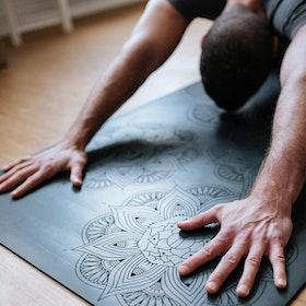 Yogamatta Krishna 7 Chakra Black Instant Strong Grip - OHMat
