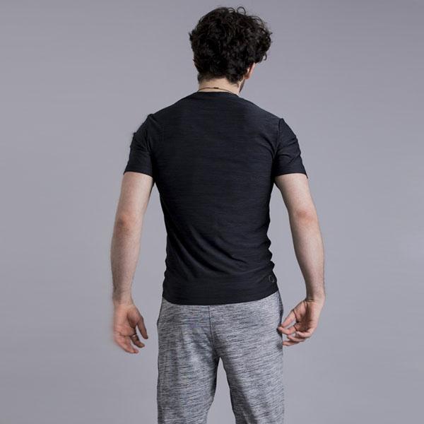 Yogatröja Cobra från OHMME - Svart