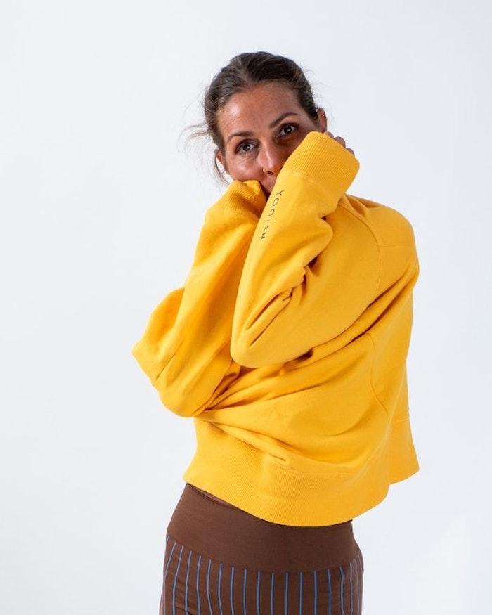 Tröja Mika Unisex från Yogish Collective - Saffron