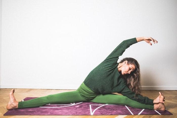 """Yogamatta """"Luxe maroon"""" Yogish Collective"""