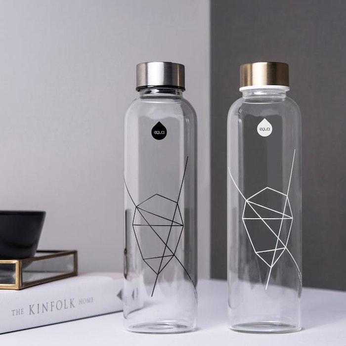 Vattenflaska Mismatch White print i glas