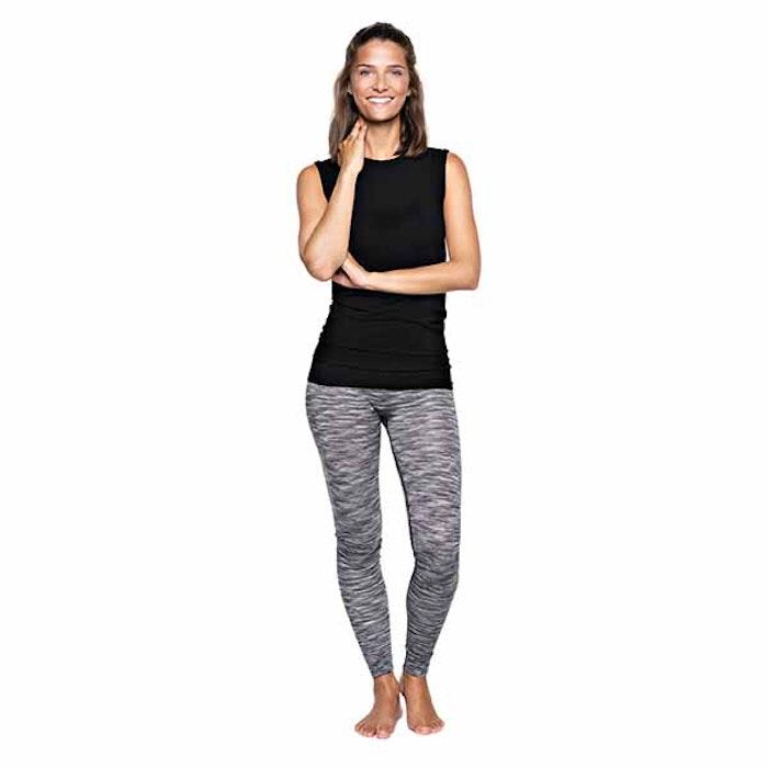 Yogatopp Basic Bamboo Tank Beautiful Black från Run & Relax