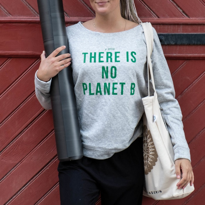 "Yogia tröja ""There is no planet B"" - Grey"